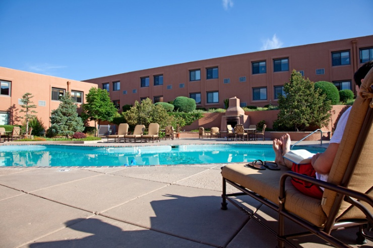 Lodge-at-Santa-Fe-New-Mexico-Hotel-06-poo.