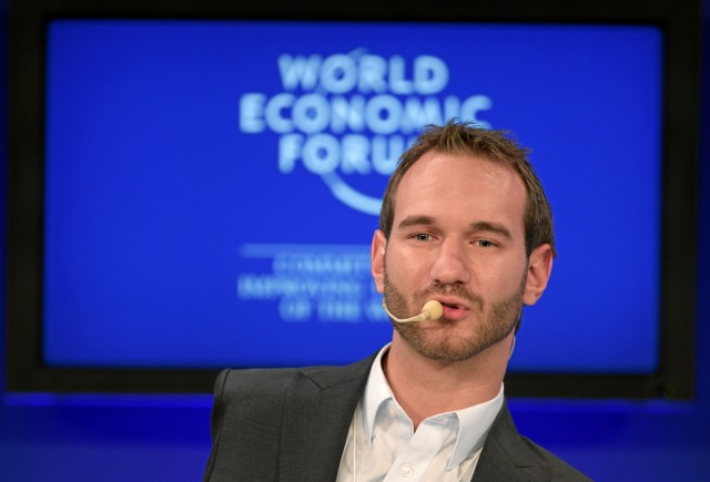 Nick_Vujicic_at_the_World_Economic_Forum_Annual_Meeting,_Davos,_Switzerland_-_20110130.jpg
